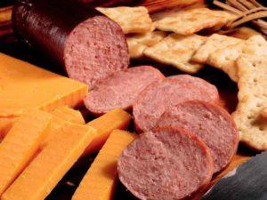 «сонник колбаса приснилась, к чему снится во сне колбаса»