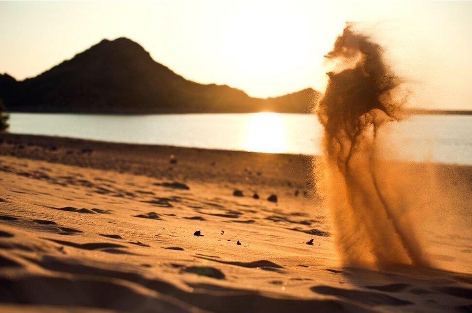 К чему снится песок: сахарный, желтый, много песка во сне.