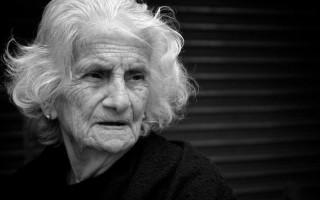 Умершая бабушка забирает сына