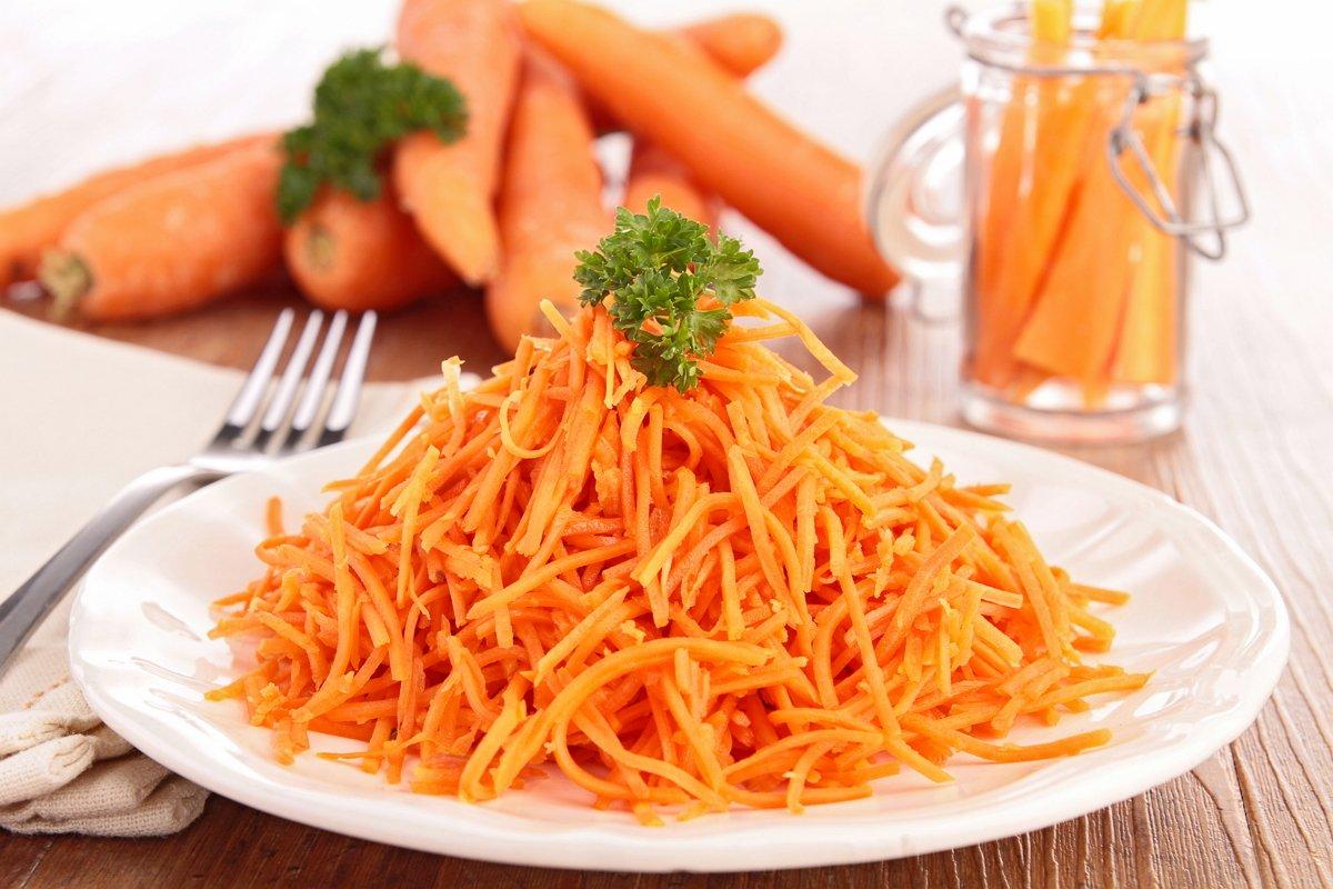 Сонник морковь собирать