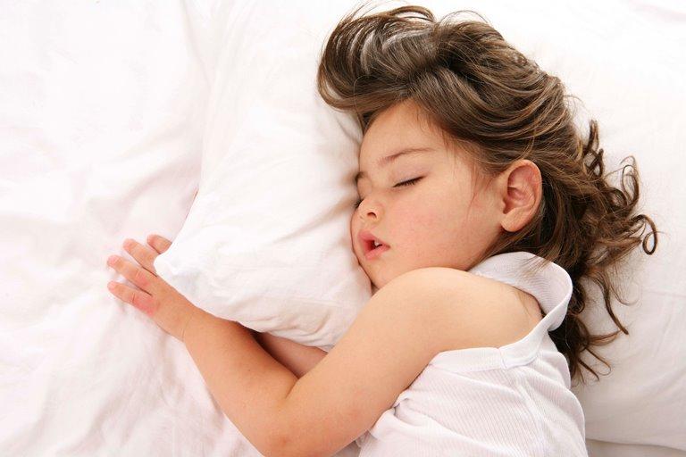 почему дети стонут во сне