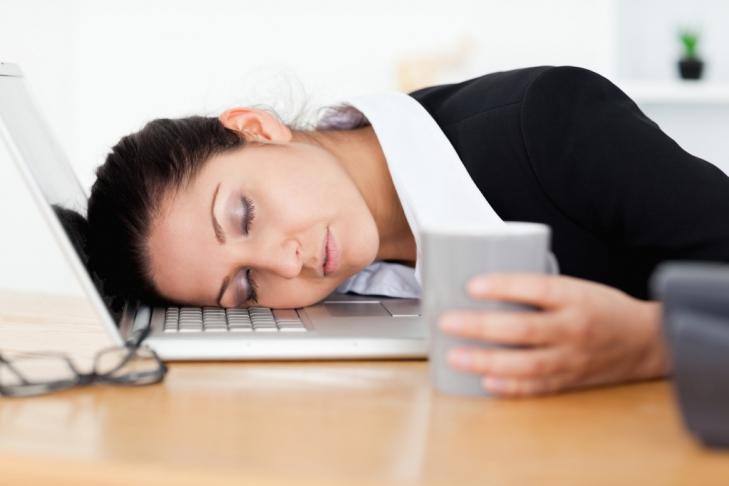 почему человек много спит и не высыпается