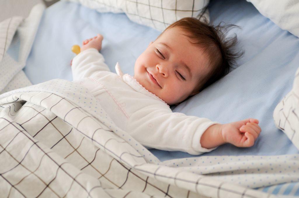 Как приучить ребёнка спать самостоятельно