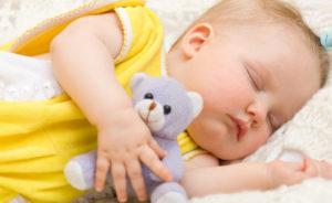 Ребенок часто потеет во сне