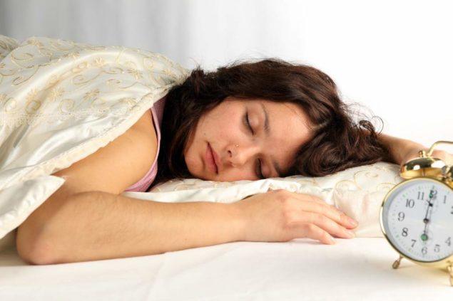 Ночная потливость у женщин: разбираемся в причинах