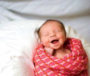 Ребенок в активной фазе сна
