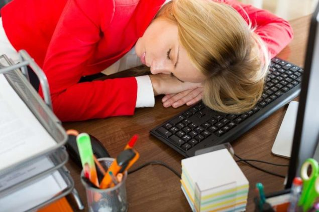 Клонит в сон на работе