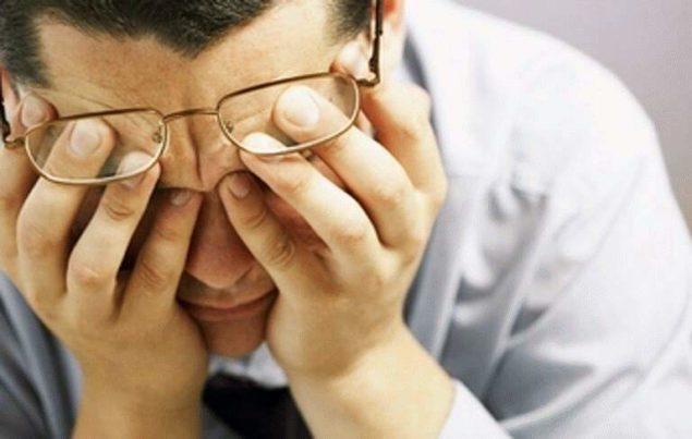 Головная боль после сна: выясняем причины