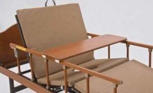 Кровать со столиком