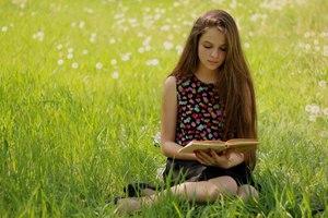 Сон поле скошенной сухой травы. к чему снится ходить по зеленой траве: трактовка сонников