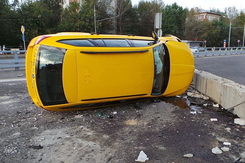 Попасть в аварию на автомобиле