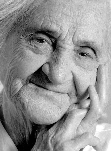 Сонник живая бабушка умершей. к чему снится живая бабушка умершей видеть во сне - сонник дома солнца
