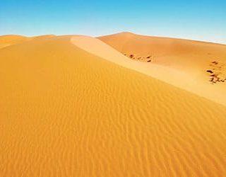 К чему снится песок: белый, желтый, морской, много, чистый, золотой, голубой, мокрый, речной, женщине, идти босиком - толкование
