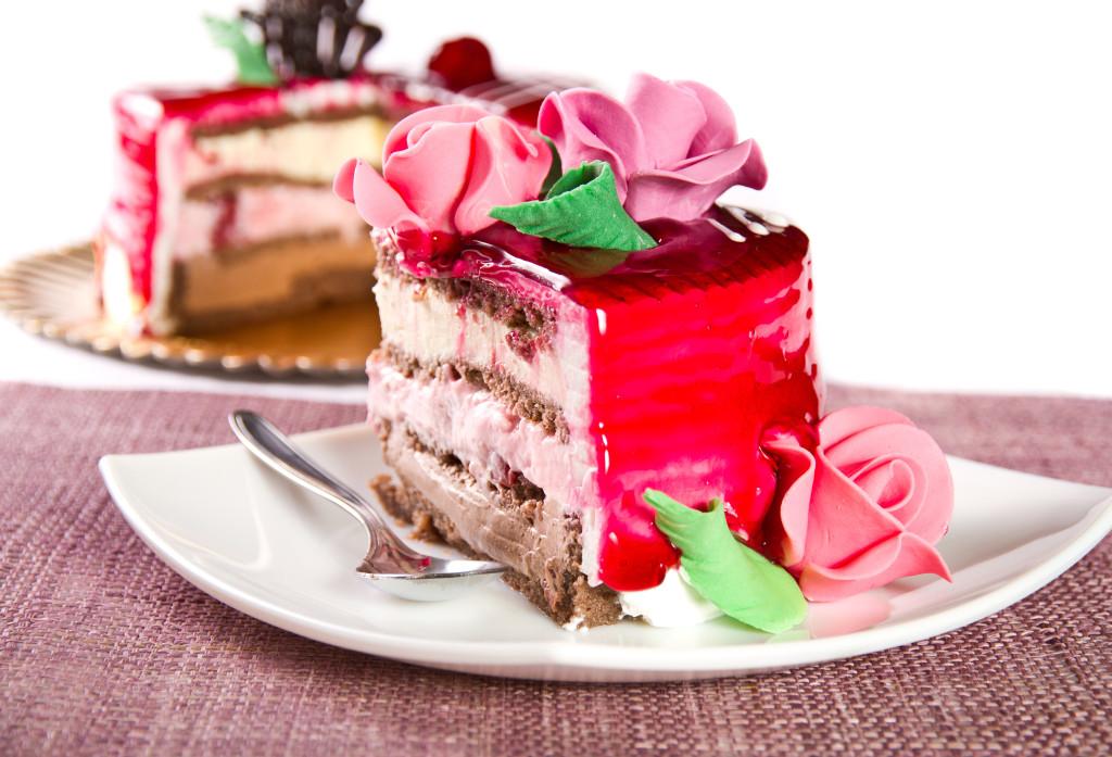 К чему снится есть пирожное с кремом