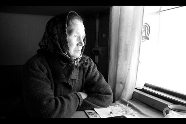 Умершая бабушка умирает