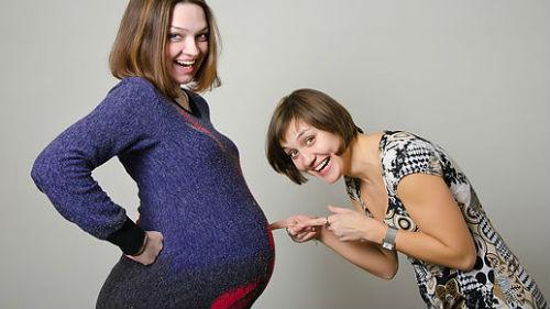 К чему снится беременность: своя, чужая, беременность и роды во сне.
