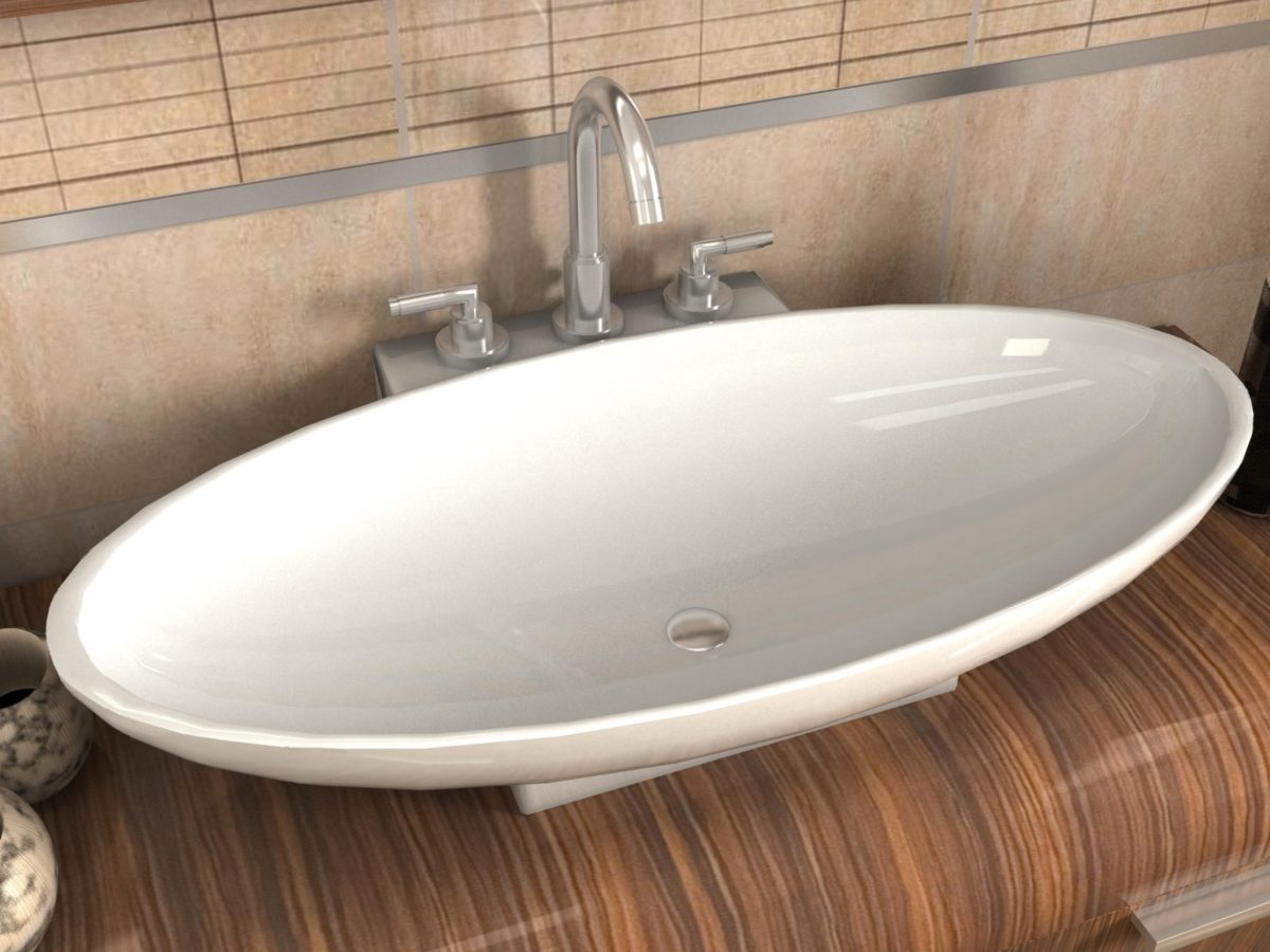 Мыть грязную ванну