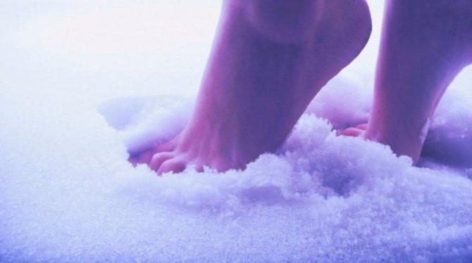 Сонник бегать раздетой по снегу. к чему снится бегать раздетой по снегу видеть во сне - сонник дома солнца