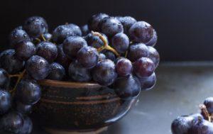 Сонник виноград черный есть. к чему снится виноград черный есть видеть во сне - сонник дома солнца