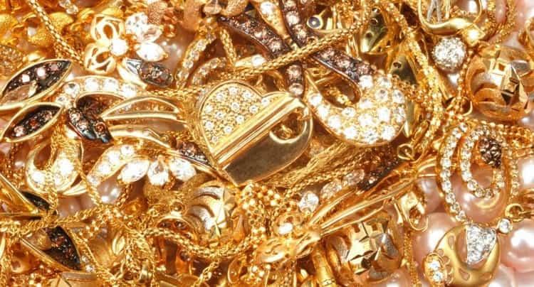 Во сне дарят золотой браслет
