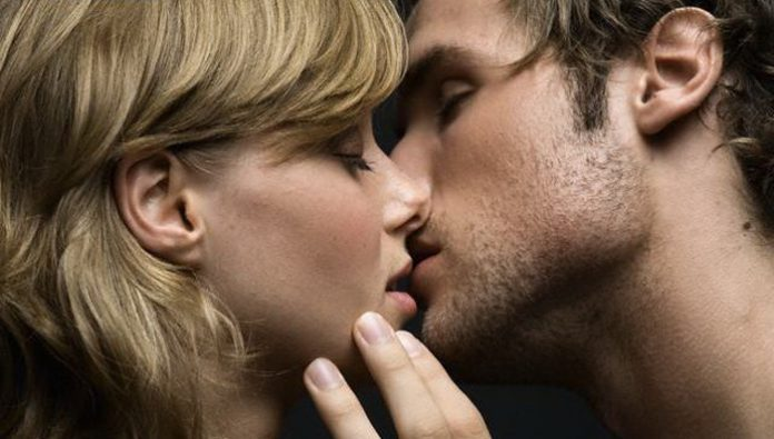 Сонник поцелуй священника в щеку. к чему снится поцелуй священника в щеку видеть во сне - сонник дома солнца